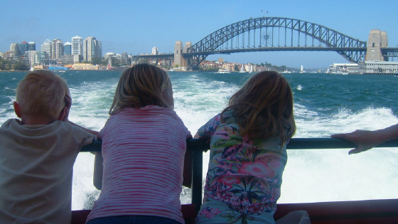 oz-05-06-children-on-ferry-.jpg